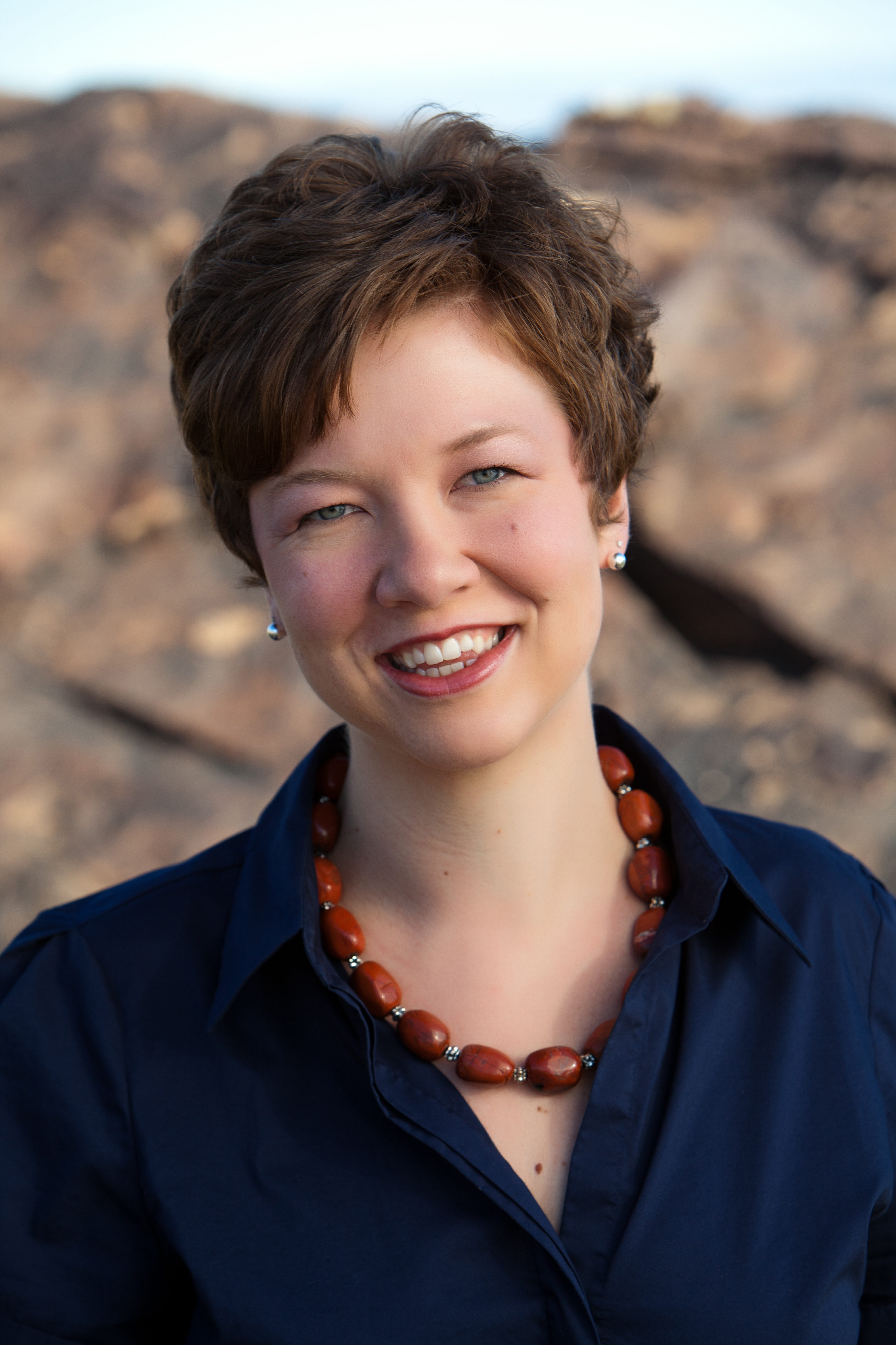 Photo of Elaine Matthews
